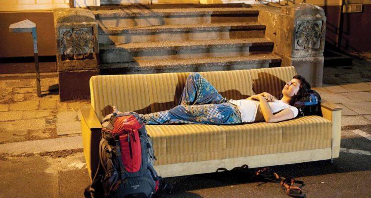 couchsurfing-2