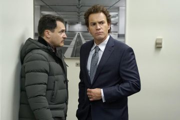 FARGO -- Year 3 -- Pictured (l-r): Michael Stuhlbarg as Sy Feltz, Ewan McGregor as Emmit Stussy. CR: Chris Large/FX