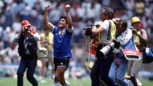 """El día que Diego Maradona contó que su hermano lo inspiró a hacer el """"Gol del Siglo"""""""
