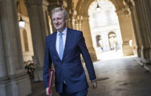 """""""The Crown"""": un ministro británico quiere que Netflix haga una aclaración"""