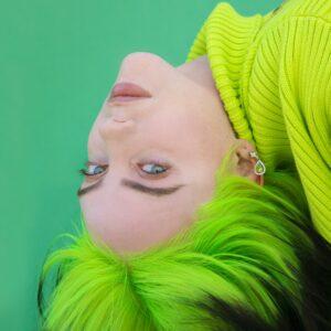 Billie Eilish está trabajando en 16 canciones para su próximo disco