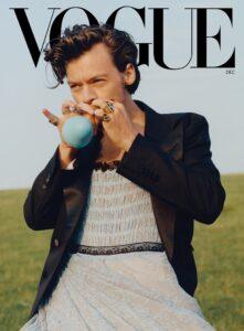Bad Bunny defiende a Harry Styles tras las críticas a su vestido