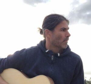 """Pablo Oliva: """"Con las nuevas plataformas, los artistas tienen que generar contenido todo el tiempo"""""""
