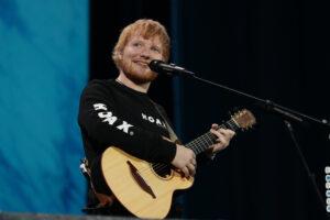 Ed Sheeran hizo un especial regalo de navidad para sus fans